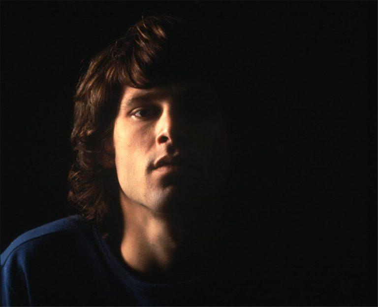 Il Re lucertola: perché la morte di Jim Morrison è avvolta nel mistero?